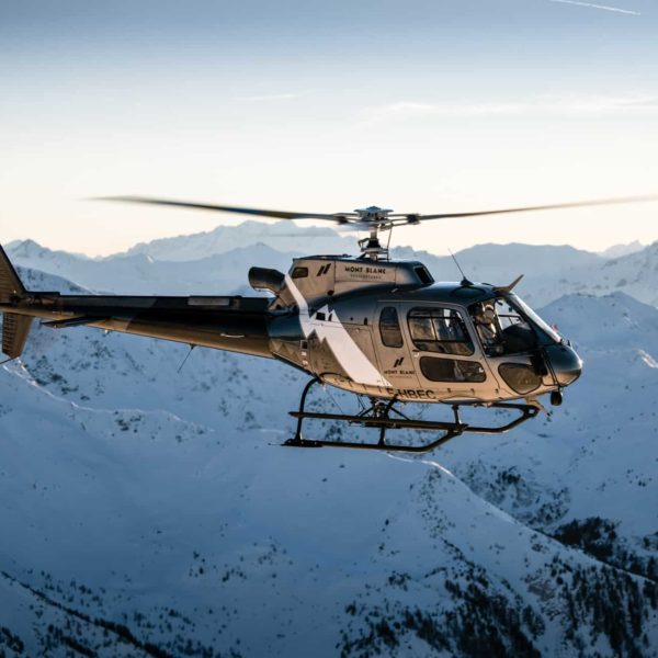 Hélicoptère AS350 Mont Blanc Hélicoptères